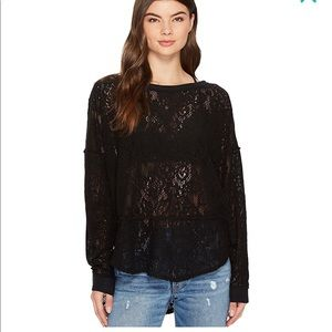 Free People Tops - Free People not cold in this top